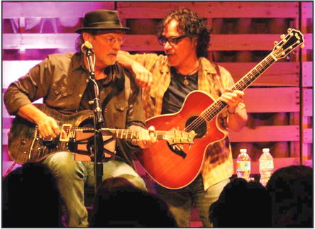 David Starr and John Oates | Photo by Sandy Wilt