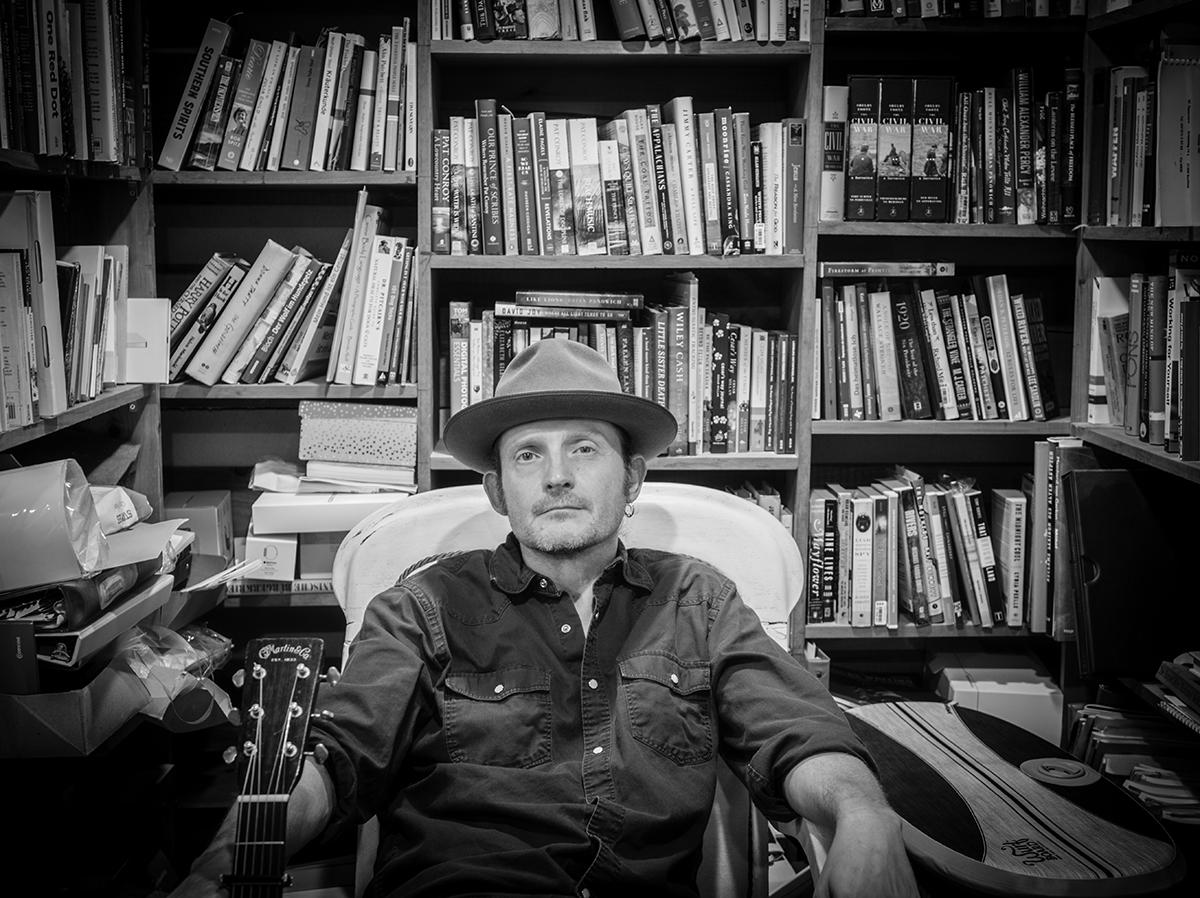 Thomm Jutz | Photo by Jefferson Ross