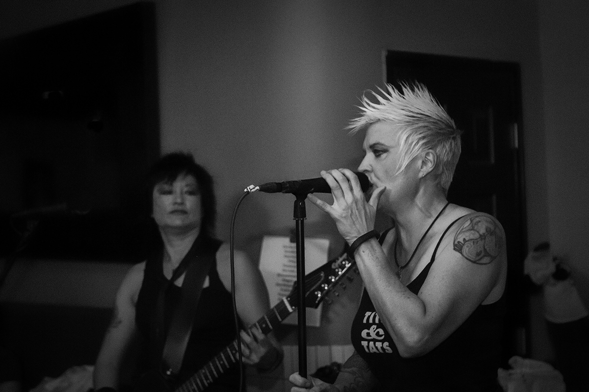Kivi and Dede of Kittenhead   Photo by Reese Andrea